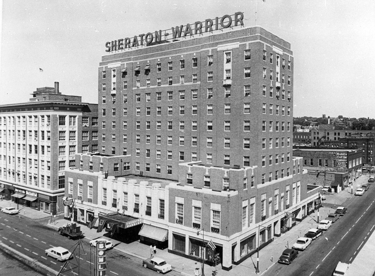 Sheraton-Warrior Motor Inn