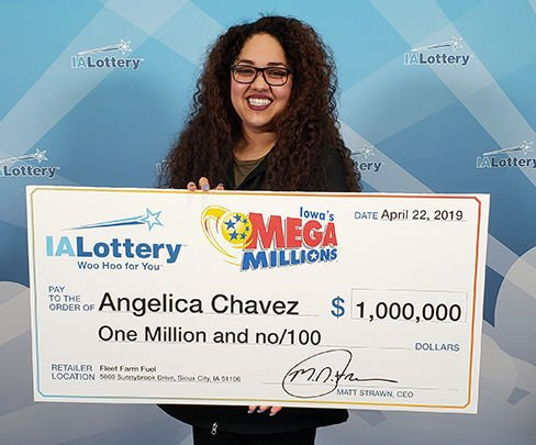 Sioux City Woman Claims 1m Mega Millions Prize Local News Siouxcityjournal Com
