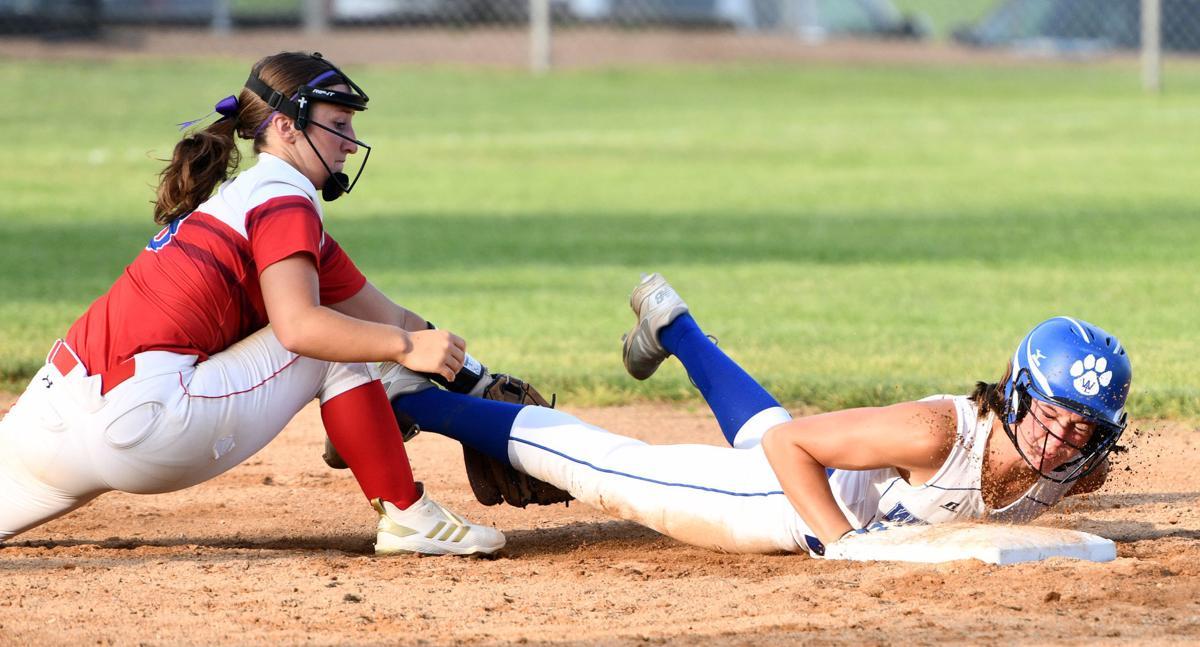 West Sioux vs West Lyon regional softball
