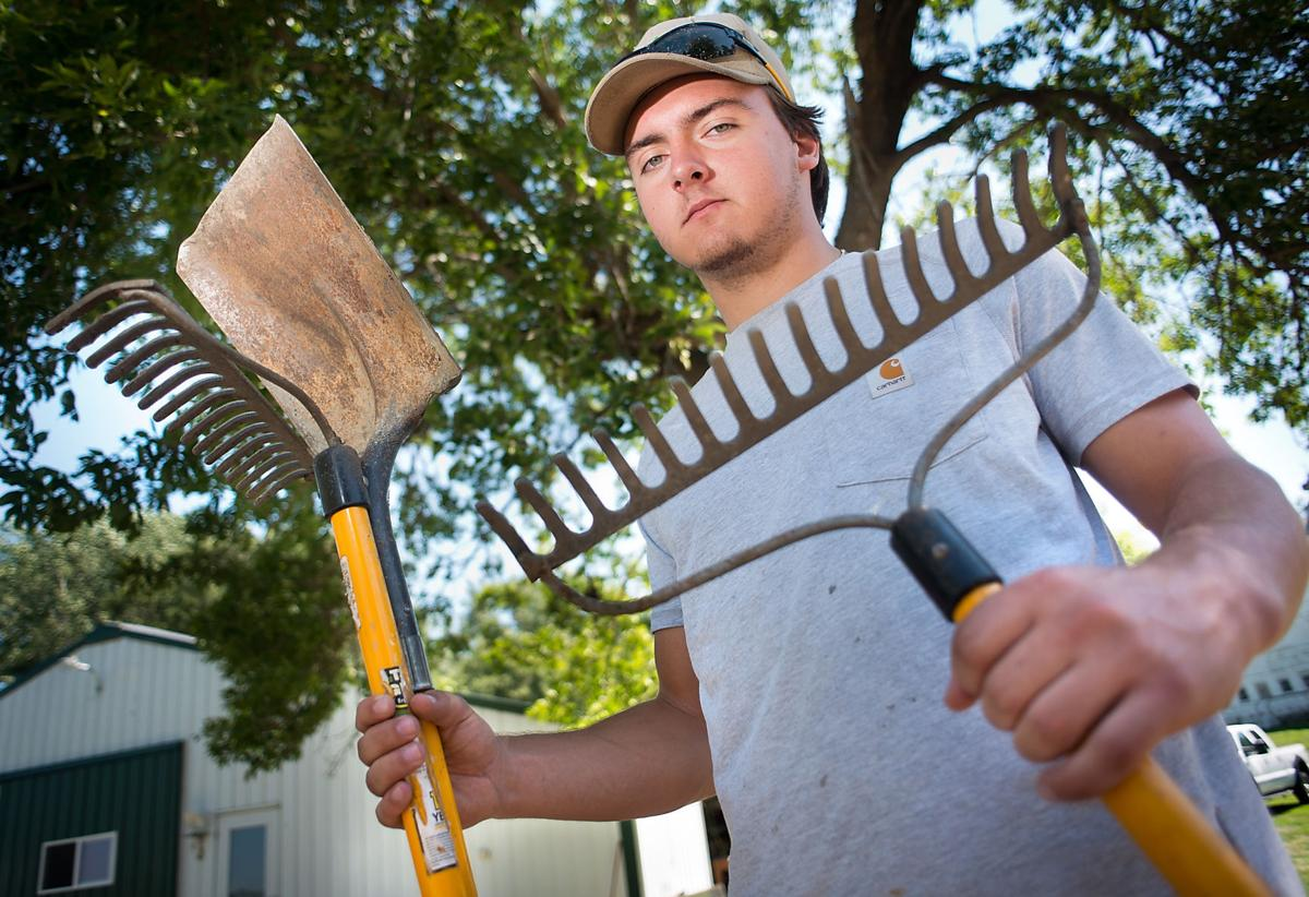 Heelan Grads Juggle College Small Business Ownership Local Business Siouxcityjournal Com