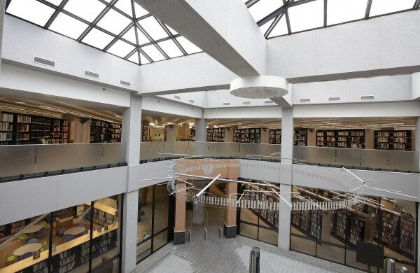 Wilbur Aalfs Library atrium interior