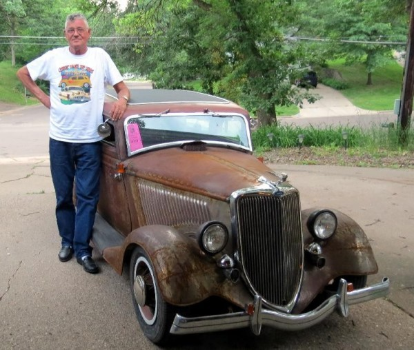 Dwarf Cars For Sale: Miniature Ford Highlights Sioux City Car Show