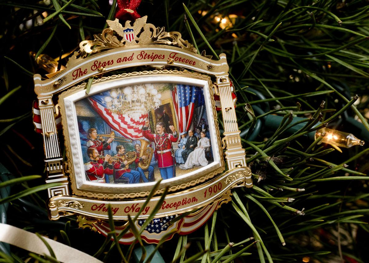 White House ornaments bring joy to Sioux City woman ...
