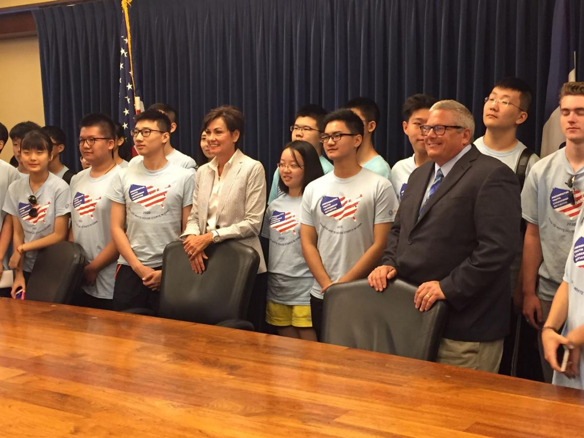 Reynolds, Northey with Chinese students