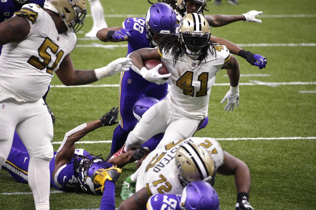 Vikings Saints Football