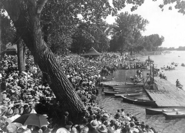 Auto Repair Chicago >> Photos: Historic Riverside : Siouxland History