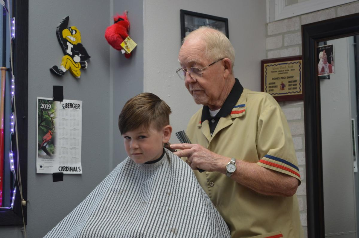 62 years of barbering: 'I love what I do,' longtime Sioux
