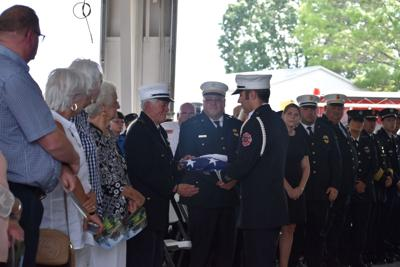 Community pays respects to former chief