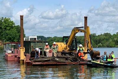 Smith Mountain Lake cleanup