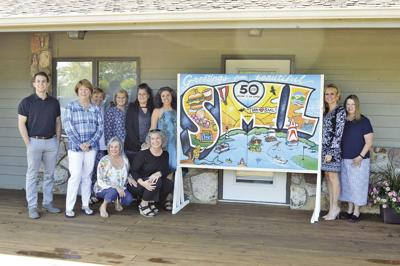 Chamber unveils painting for campaign