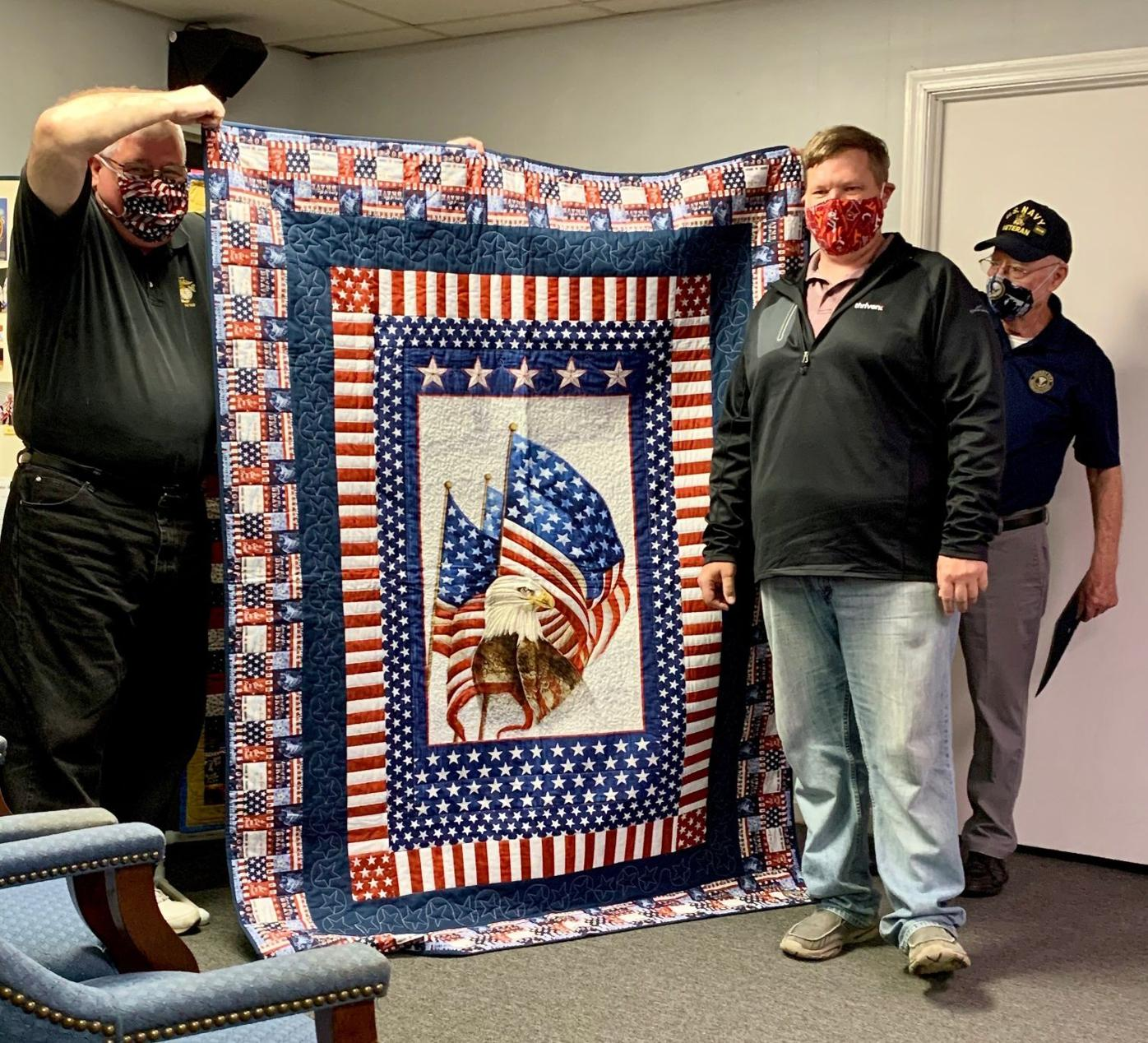 Thanking veterans with quilts