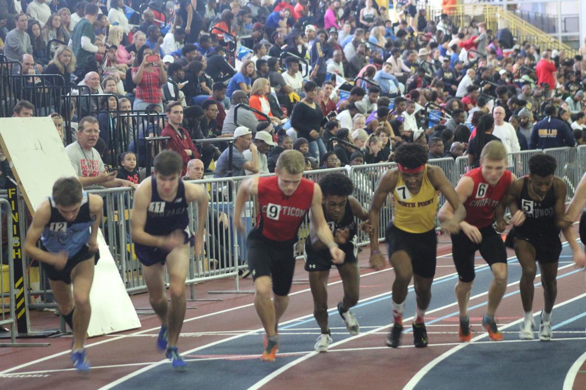 Boys 800-meter start