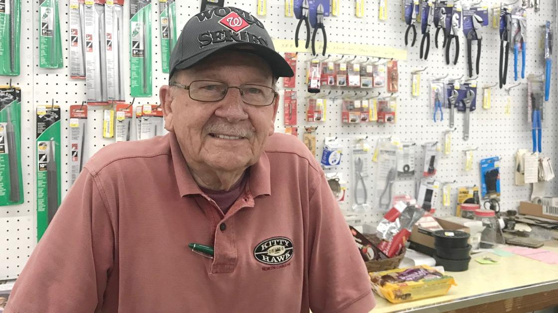 Mechanicsville hardware store closing after 66 years