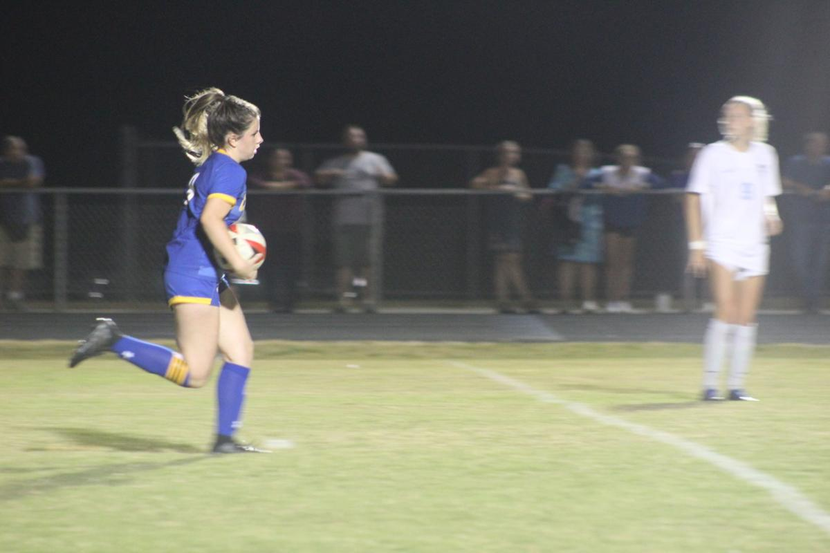 Claire Williams (Calvert girls soccer)