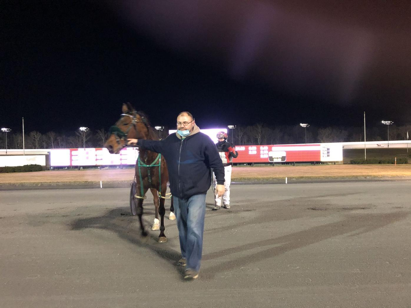Rosecroft offers Wednesday cards
