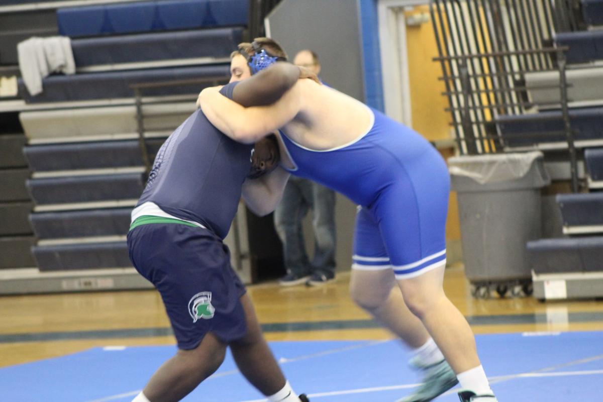 Joe Stanalonis (Leonardtown wrestling), Justin Mack (St. Charles)