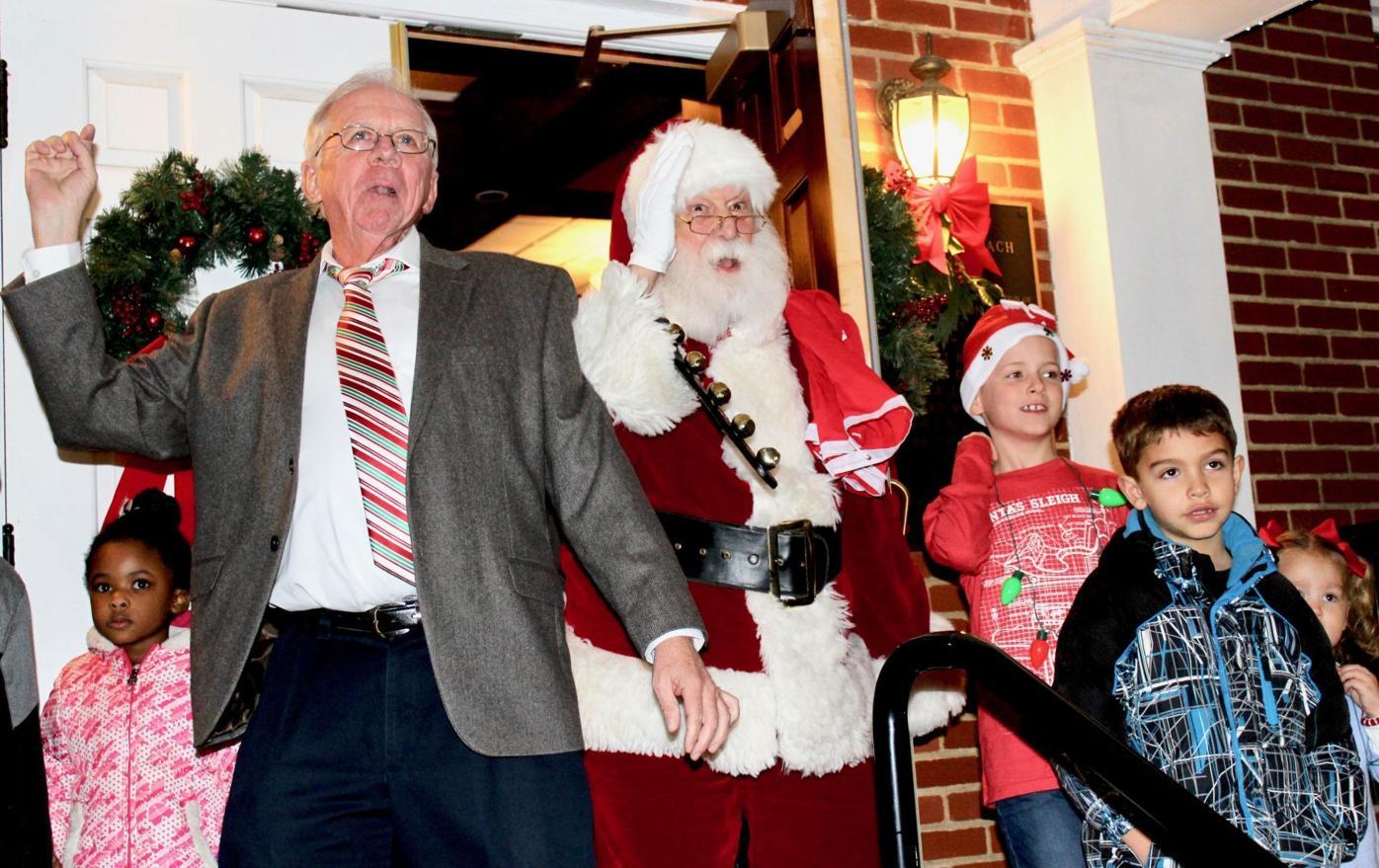 Town's Christmas light up