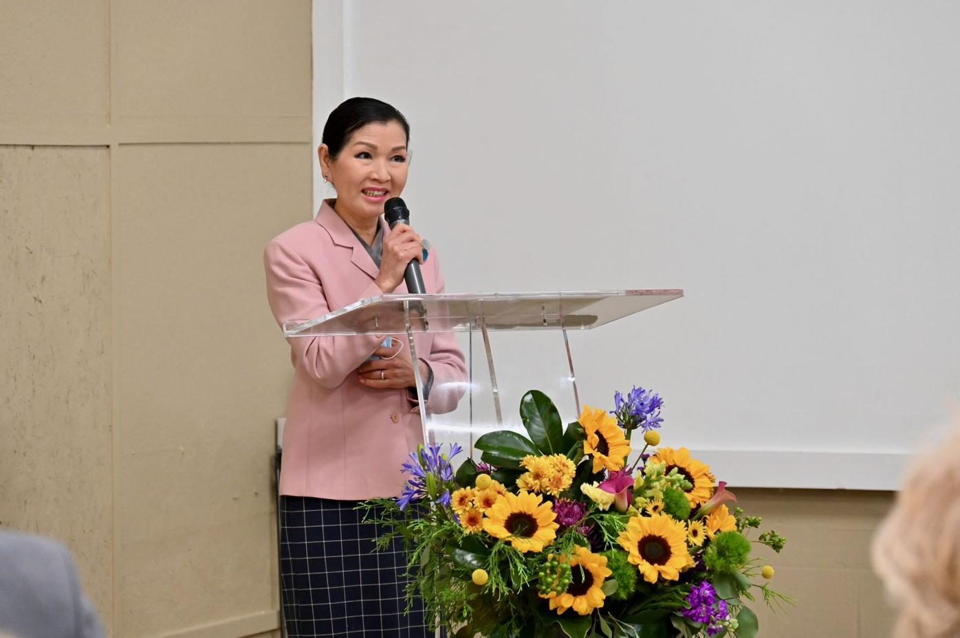 Yumi Hogan at White Plains center opening