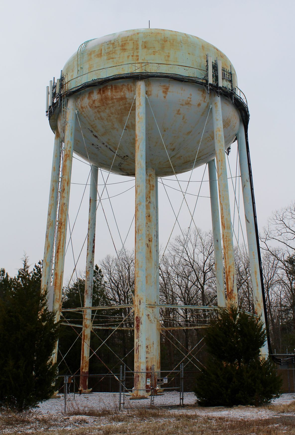 Hickory Hills water tower & Hickory Hills water tower to be bid soon | Local News | somdnews.com