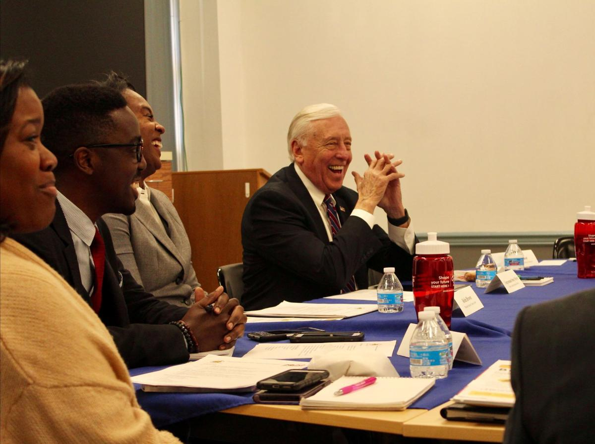 Hoyer briefed by census count committee