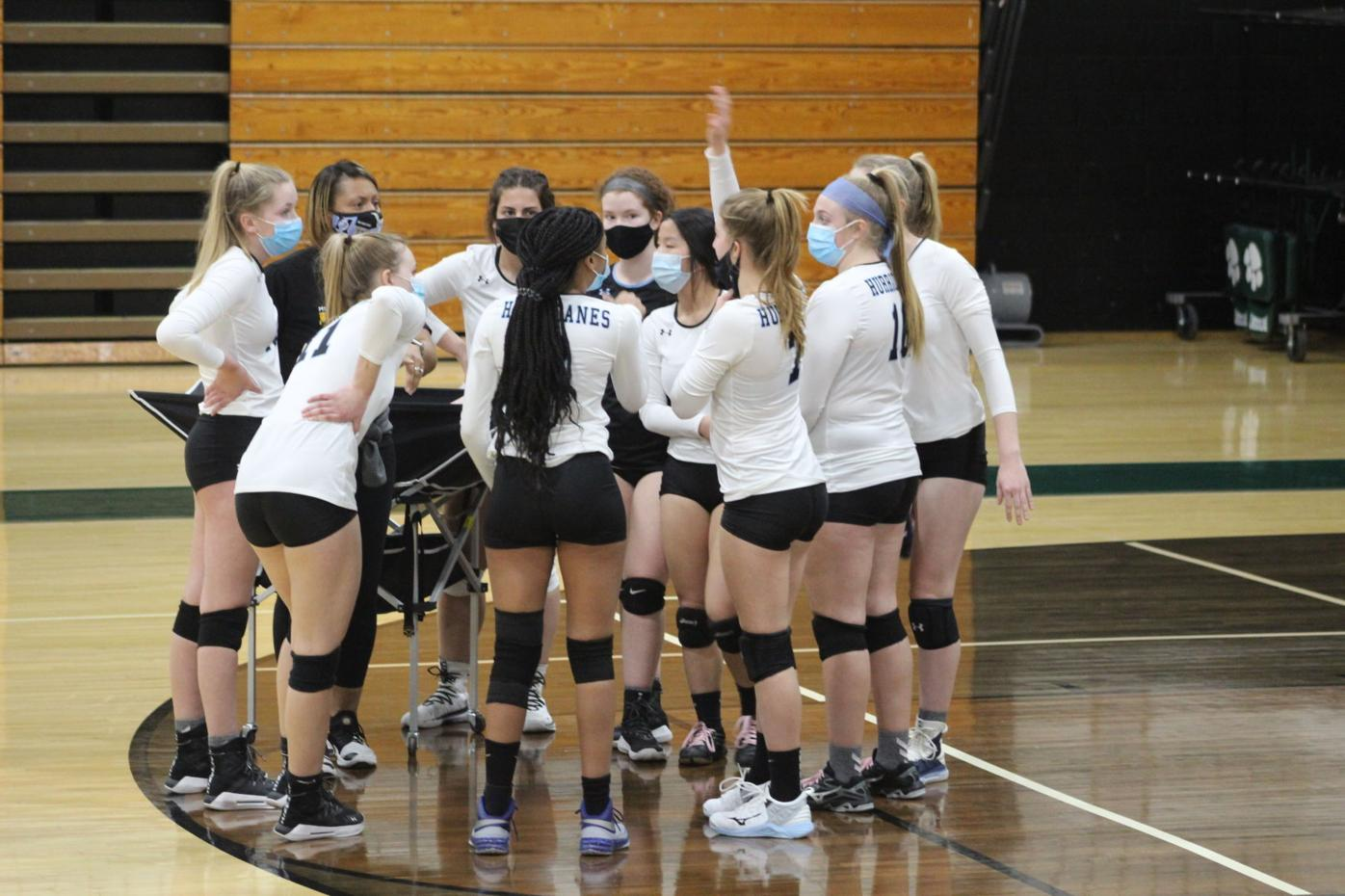 Patuxent volleyball sweeps Huntingtown