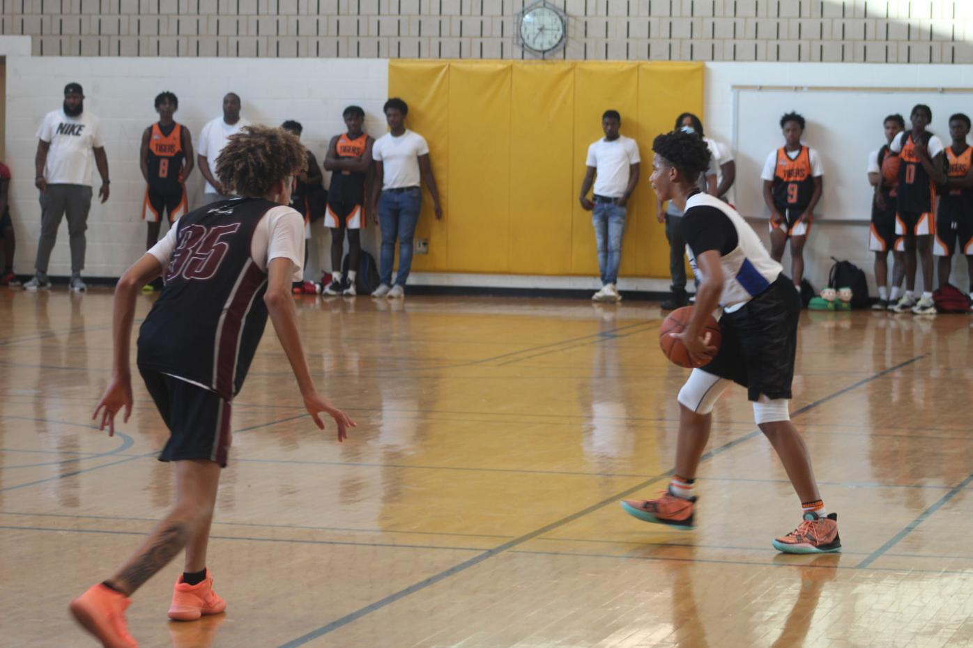 SMAC basketball players compete in summer league