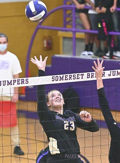 Lady Jumpers remain undefeated in district play