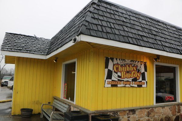 Chubby Buddy Offers Country Cooking And A Little Taste