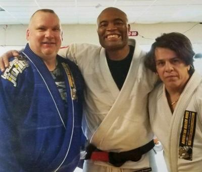 MMA legend Anderson Silva headed for Somerset