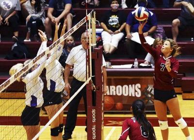 Pulaski wins district matchup in straight sets