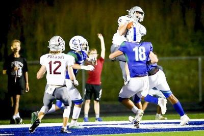Maroons down North Laurel to stay perfect in district