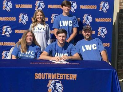 Andrew Smith signs with Lindsey Wilson College