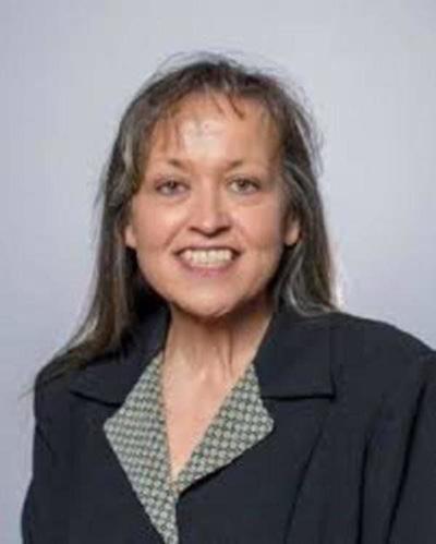 Retired public defender running for circuit judge