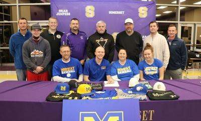 Dakota Acey signs with Midway