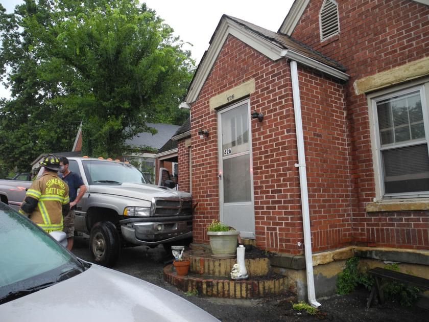 Pickup hits house on south main news somerset for House hits 88