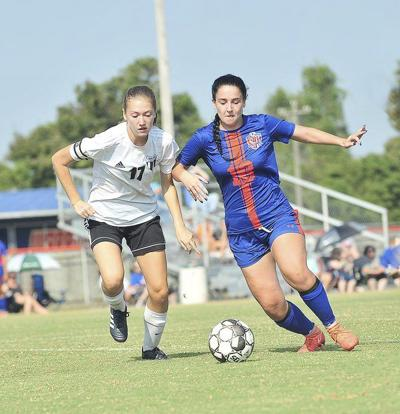 Southwestern rallies late for win