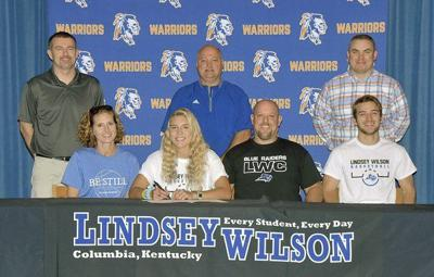 Regi Cundiff signs to play at Lindsey Wilson