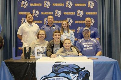 Austin Barnes signs with Lindsey Wilson College