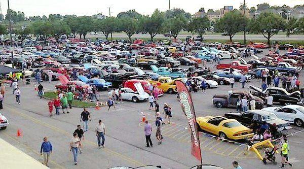 Car Lots In Somerset Ky >> Friday Night Thunder At Mall Kicks Off Cruise Weekend