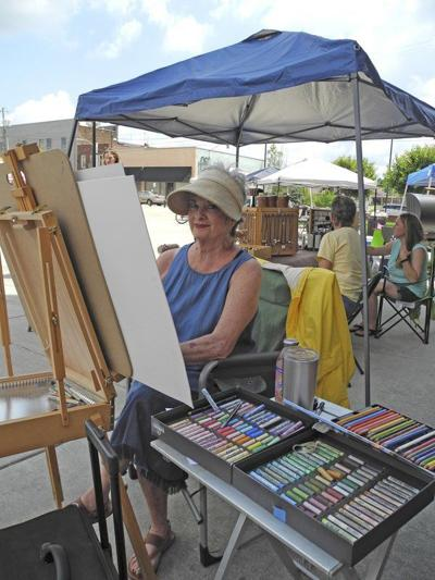 'Art on the Plaza' to draw up fun downtown Saturday