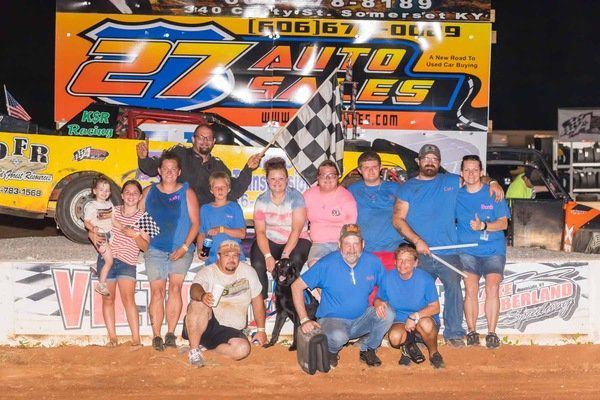 Ronnie Cole Jr. remains undefeated at LCS