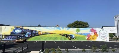 Newest downtown mural celebrates arts and agriculture