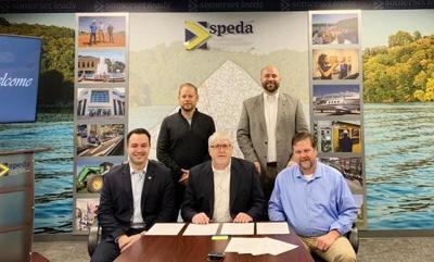 Local officials, Extiel sign new agreement for gas-to-liquid plant