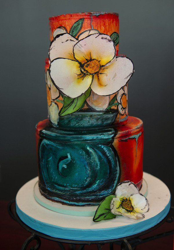 Local woman inspired by painting class to make a replica cake