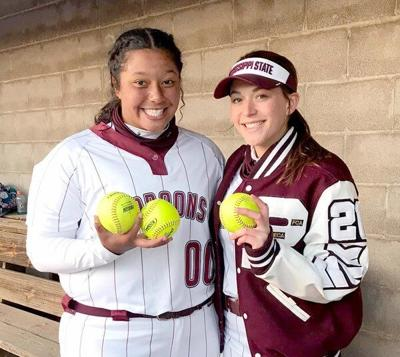 Riley Hull, Bella Ellis combine for 13 RBI in win over South Laurel