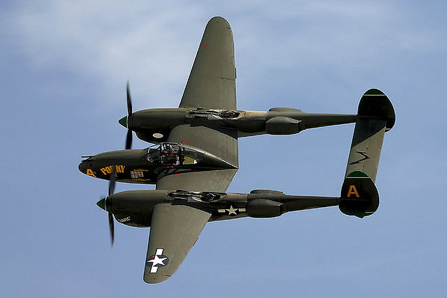 example_of_a_P-38_fighter_(not_potter_s)[1].jpg
