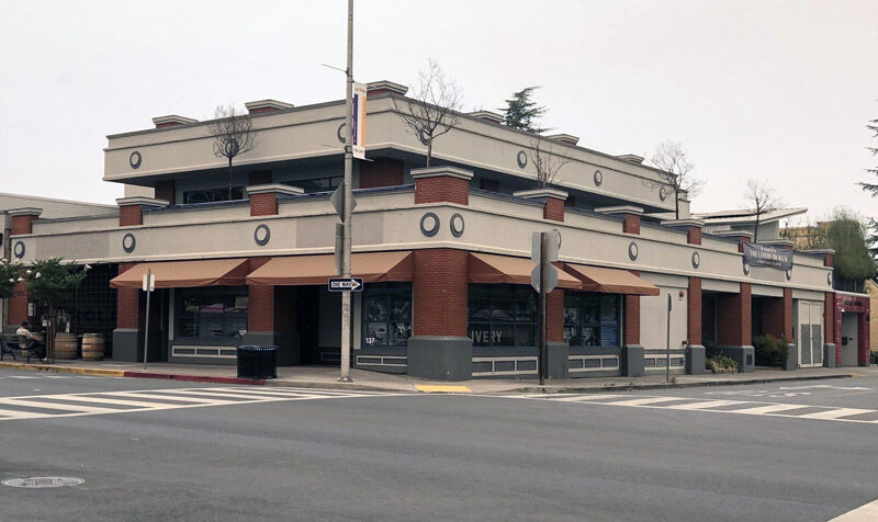 Local Team Has New Vision For Former Round Table Pizza Building News Sonomawest Com