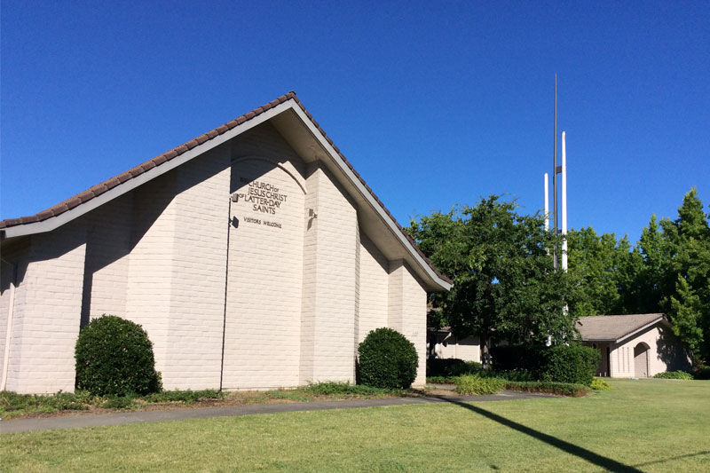 LOCAL INSTITUTION The Cloverdale Church Of Jesus Christ Latter Day Saints Is Located On South Boulevard Its Three Spired Tower Commemorates