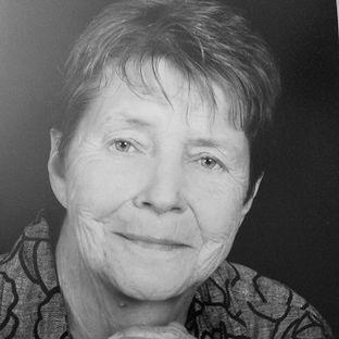Mrs. Carolyn Moody Black