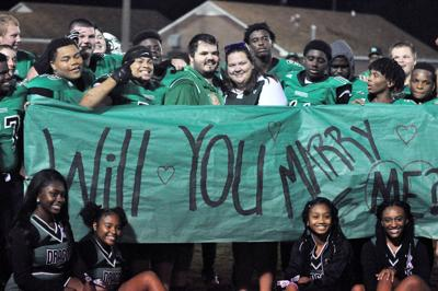 '17 PV Team Assisted with Marriage Proposal
